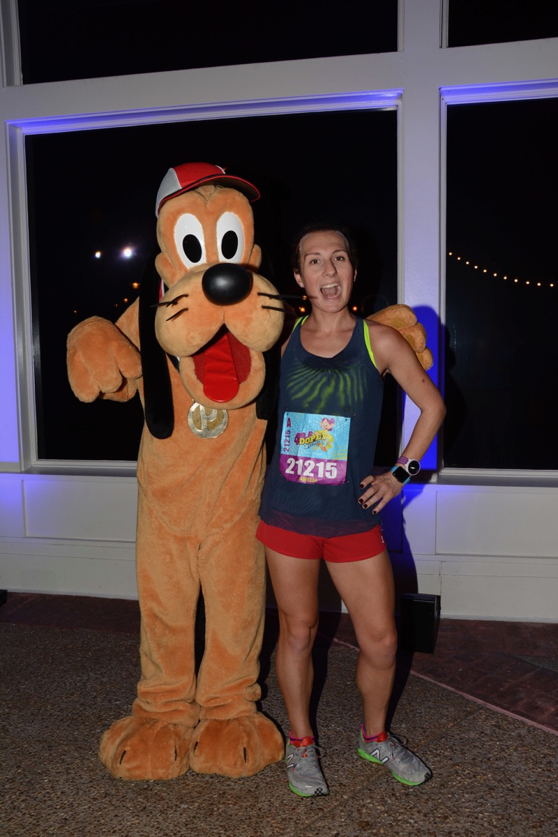 Amelia Gapin and Pluto at 2017 Walt Disney World 10k