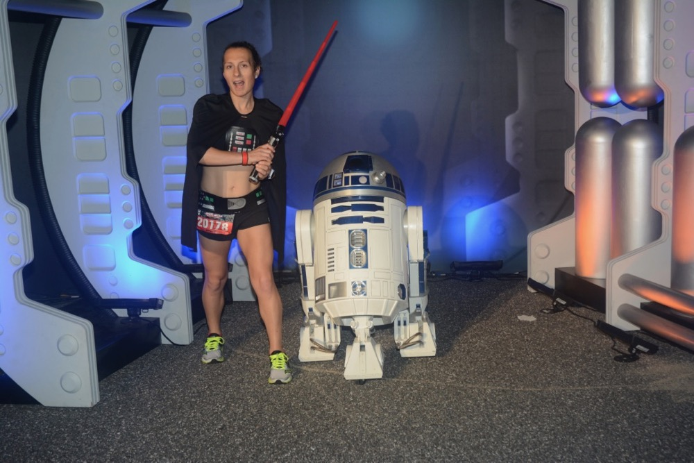 Amelia with R2D2 at runDisney Star Wars Dark Side Half Marathon